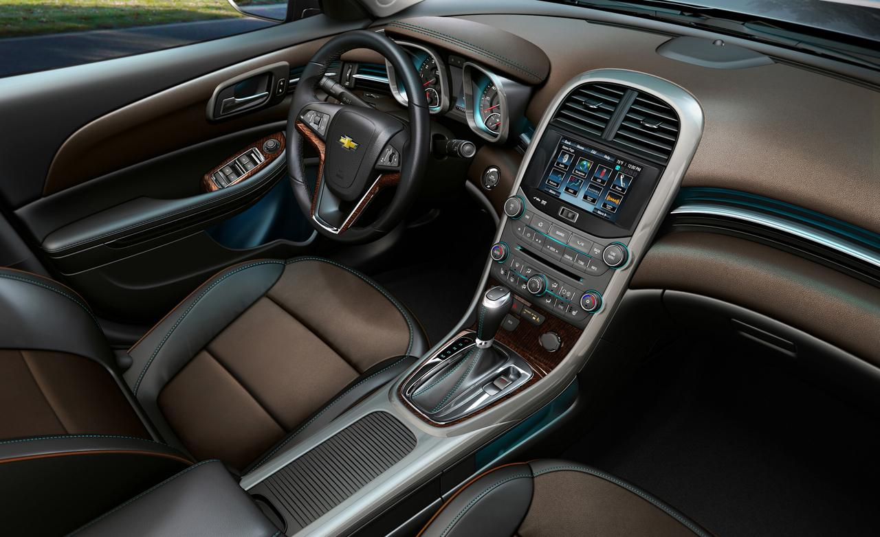 2014 Chevrolet Malibu Offers Hands-Free Texting – Lauren Wants to Know